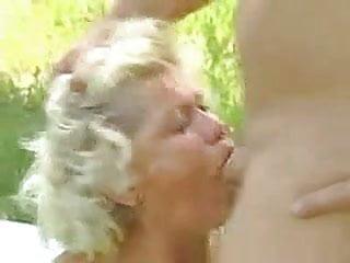 Granny facefuck