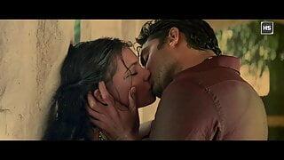 Lara Dutta – Hot Kissing Scenes 1080p