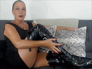 Natasha the sex goddess Boot worship goddess natasha