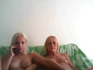 Nice sexy young girls Sexy young girls on webcam hotlinda45