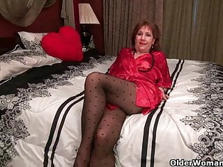 Bibi black pantyhose - Black pantyhose will send mom over the edge