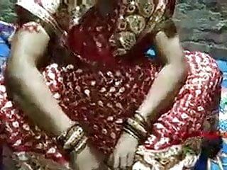 Free desi porn pics Suhagrat hanimoon sex desi porn videos