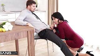 Nicole Black gets a surprise sensual threesome DP