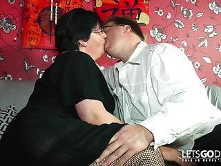 Jay komas xxx - Frisch fleisch mama ins koma gebumst