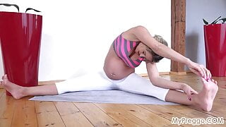 Pregnant Nicole Exercises, Then Shows You Her Tight Pink Pus