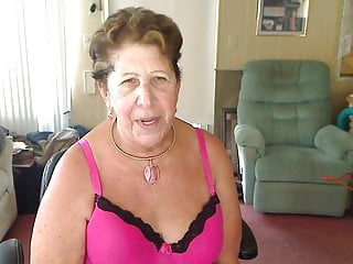 Big boob tgp video - Masturbating big boob granny rock n roll