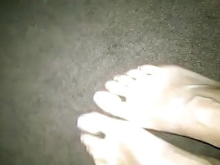 Cum stains on the carpet - Veiny feet on the carpet