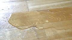 Flooding the floor