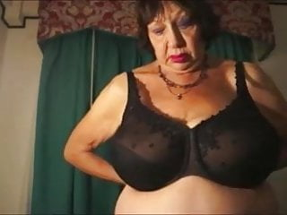Elaine benis naked - Busty granny elaine everett