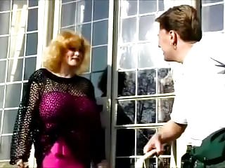 Fucked by the gardener - Lean lovelace serves the gardener
