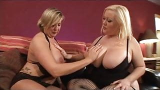Heavy-breasted moms dildoing
