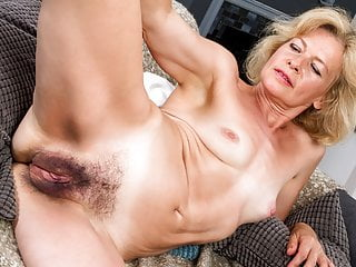 Woman hairy mature 9 Pieces