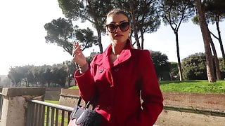 Mistress Iside Italian Goddess