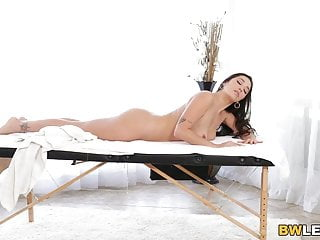 Massage sex tube Massage turns into lesbian sex - karlee grey, nia nacci
