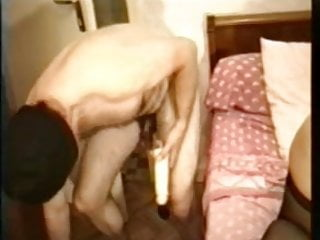 Couples sex toy Amateur couple big dildo anal game