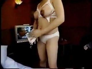 Massive amateur breast pics - Amateur breast milkers