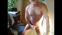 Hot silver muscleBear cumming