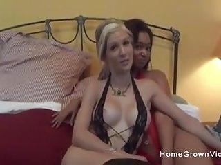 Hot lesbian white - Ebony babe fucks her hot white girlfriend