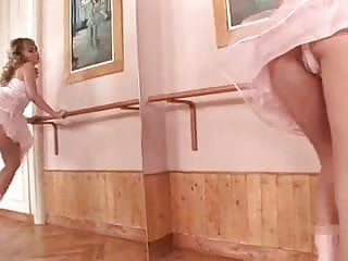 Ballerina erotic picture - Ballerina in rosa fisting her pussy hard -l1390-