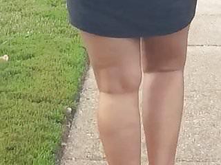 Sexy mamis Sexy mami walking
