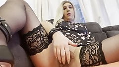 chastity releas and rubbing my klitty