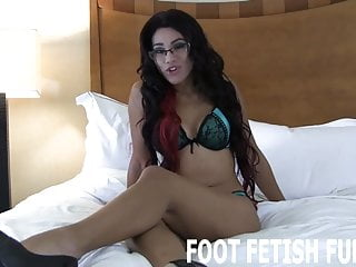 Can i get a big dick Get your dick hard so i can help you cum