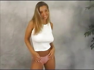 Hotgoo tits bouncing Model with huge tits bouncing dance compilation