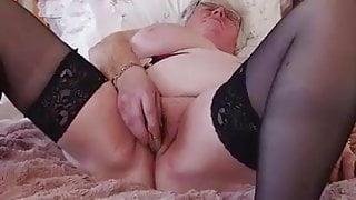 Caroline V. (EU) (61)