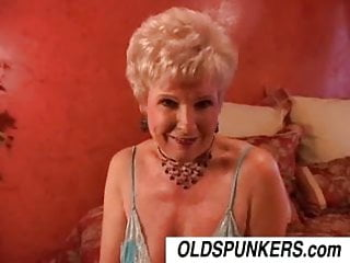 Spunker porn - Jewel is a juicy old spunker who loves the taste of cum