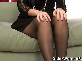 Nyla nude xxx stunts Cute milf nyla from the usa feels playful in pantyhose