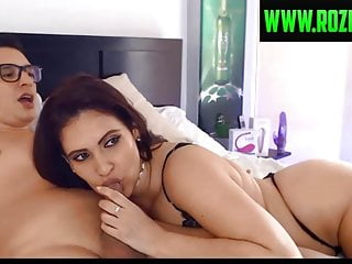 Hot babe sucking dick Hot babe from the bar shows her dick sucking lips