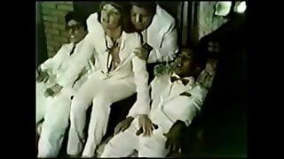 CHUMBINHO BRAZIL PORN - O Analista De Taras Deliciosas 1984