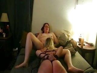 Kinky lesbian gangbangs Married women have kinky lesbian sex