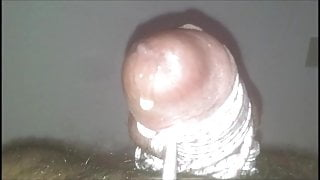 Tied balls and cumshot (Palle legate e sborrata)