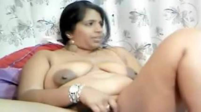 Indian Girl Plays On Cam