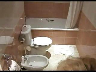 Voyeur girl bathing - Hidden camara beauty bath masturbation