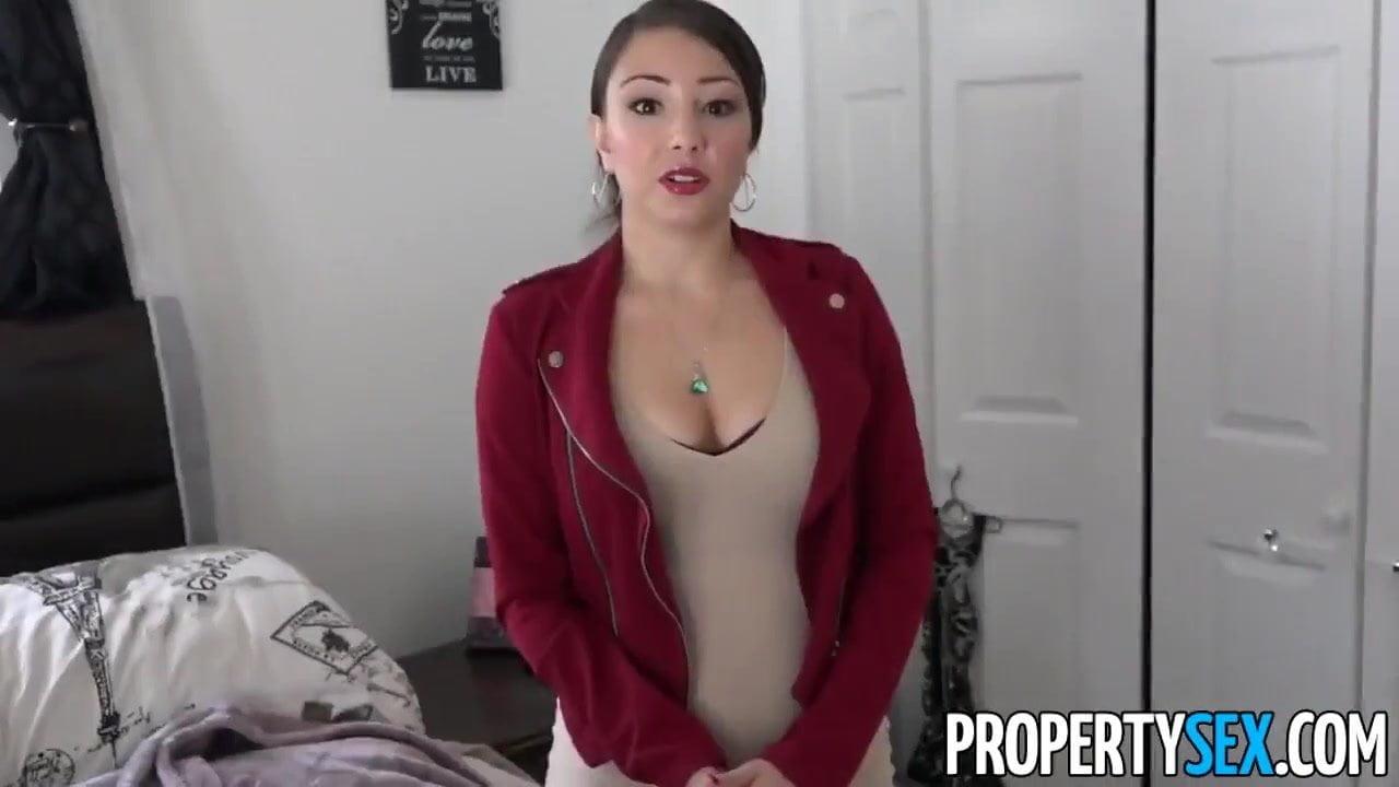 Big Ass Latina Milf Solo