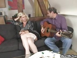 Homemade granny 3some Meeting with his parents turns into 3some