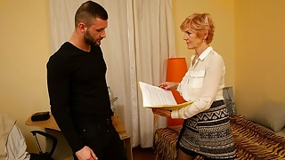 MATURE4K. Charmer prefers to fool around with client instead
