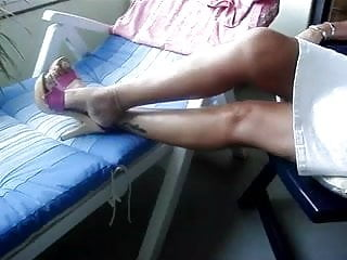 Highheel fetish - Sexy toenail in pink highheels