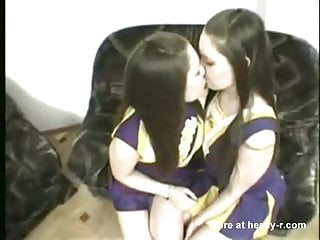 Chearleader tryouts porn Chearleaders kissing