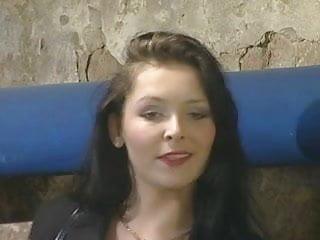 Black breast forms Magda polak - le sport c est bon pour la forme