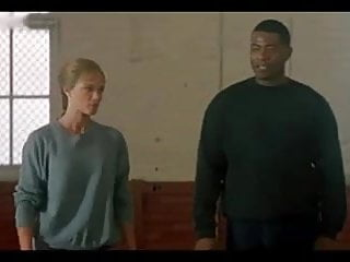 Stripper scene in bruce lee movie - Lauren holly - dragon the bruce lee story 2 french
