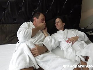 Perv fuck videos Masseuse used as a fuck toy by old pervs