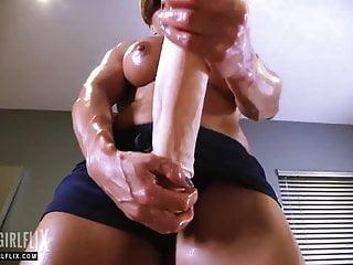 White bitch monster cock jerk off Muscle girl with massive cock jerk off futanari