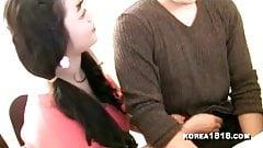 Большие бидоны корейской женщины