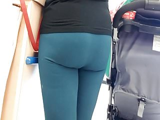 Green thumb farms and new hampshire - Nice view of meaty ass of new mom in green leggings