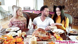 Who's Hotter- Competing For His Thanksgiving Creampie S10:E6