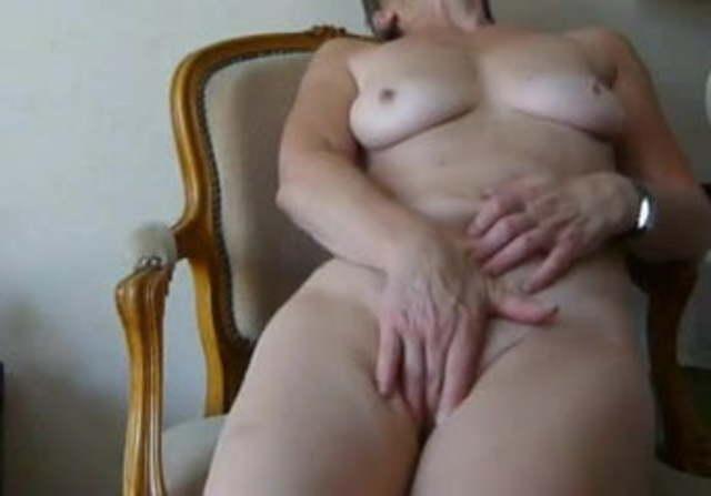 Amateur Wife Lesbian Orgasm