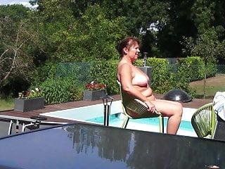 Helen mirrem naked Helene by the pool